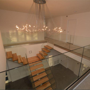Indoor-banister-glass-stairs